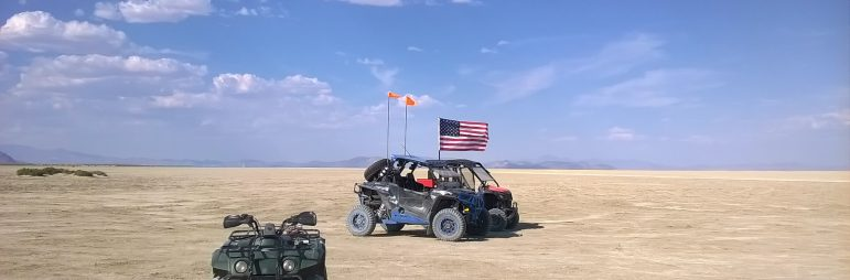 playa flag